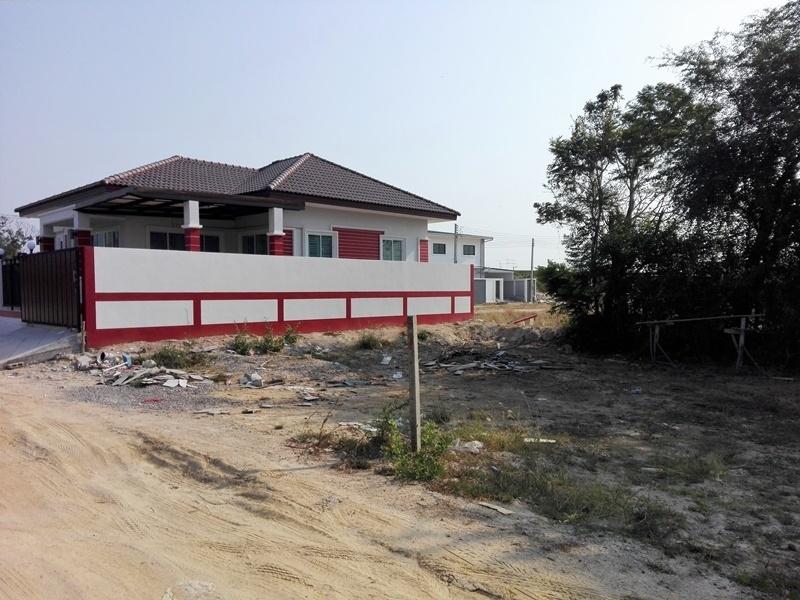 100 TW (400 sqm.) Cha-am Town Center Home Building Plot