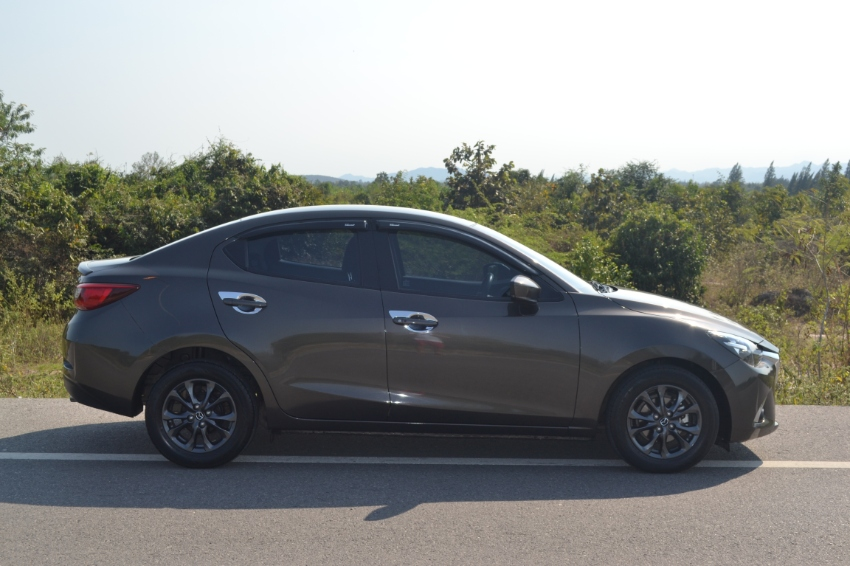 Beautiful Mazda 2 Sedan 1.3 High Plus 1 English owner from new