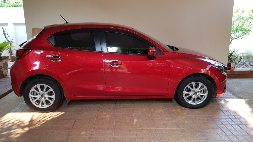 Mazda 2 Sports high