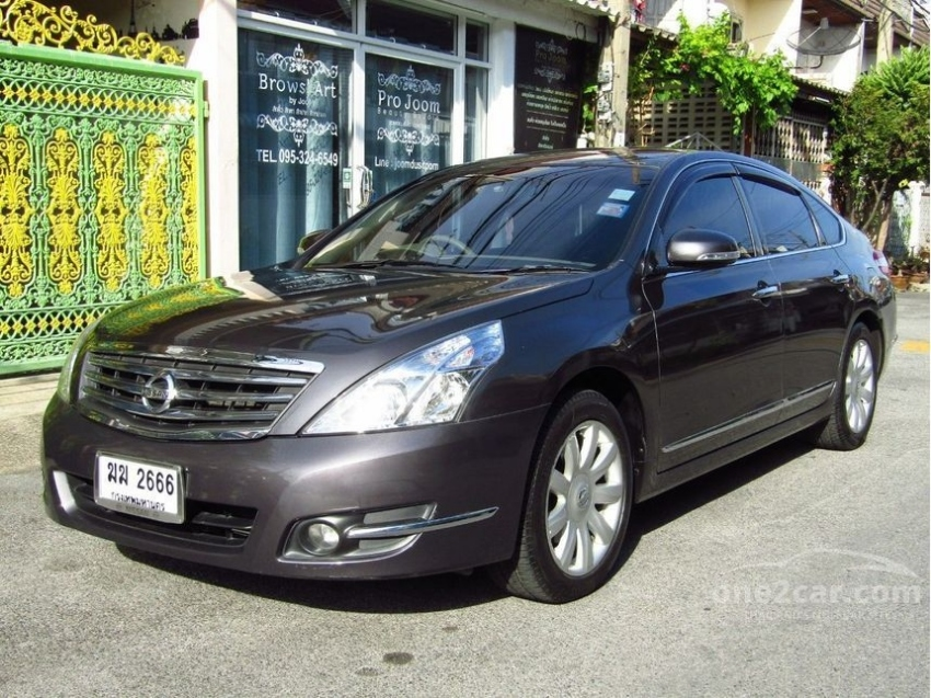 Bargain! Topmodel Nissan Teana 250 XV V6 for sale by owner