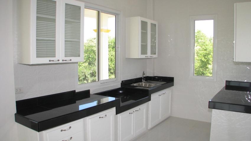 BARGING PRICE  New build Cha-Am Villa,