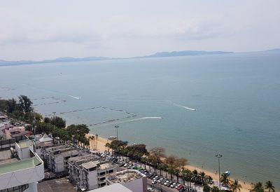 CS1805 Jomtien Plaza Condo Sea view