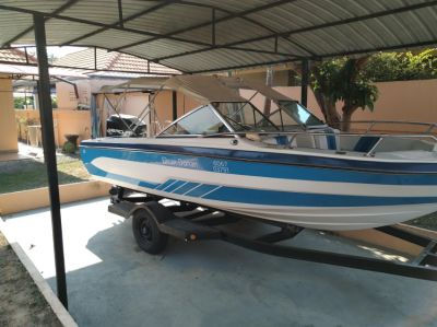 21ft Ski Boat for sale