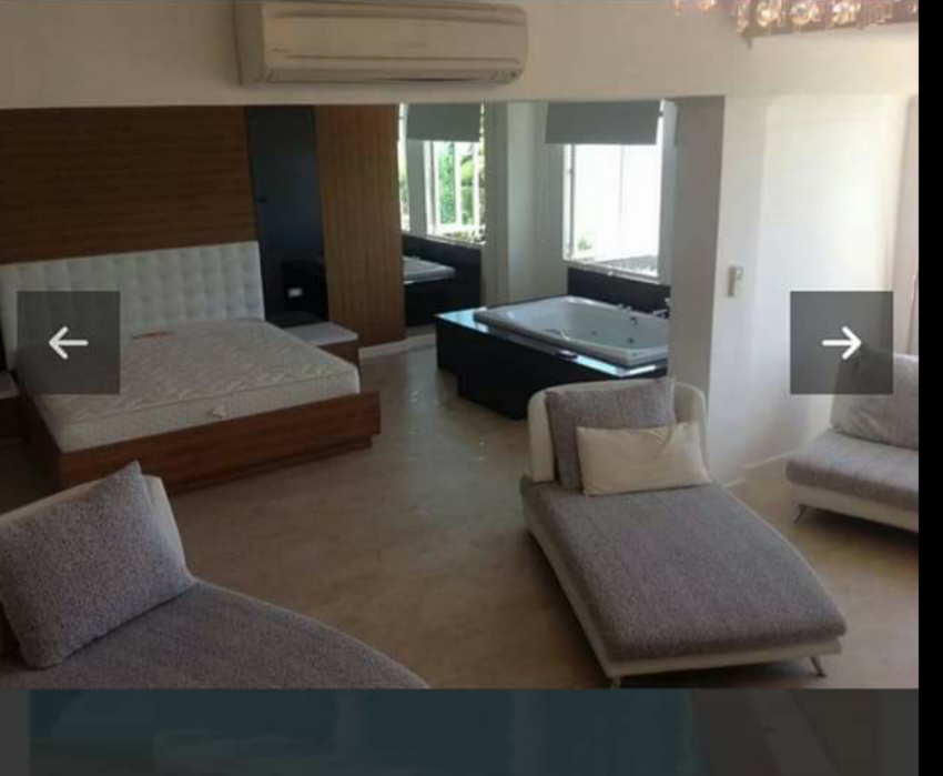 110sqm condo, 15 Minutes north of Naklua  right at small beach.