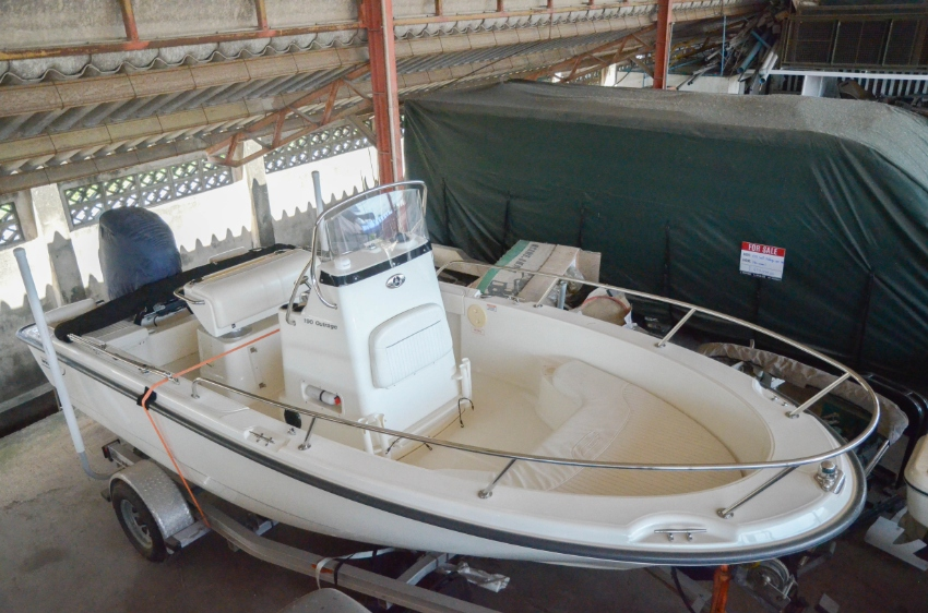 2006 Boston Whaler 190 Outrage For Sale in Nonthaburi   Khana Yacht