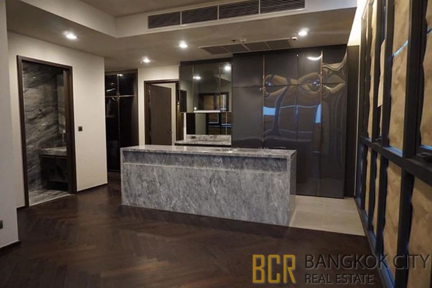 The Monument Sanampao Ultra Luxury Condo 2 Bedroom Corner Unit