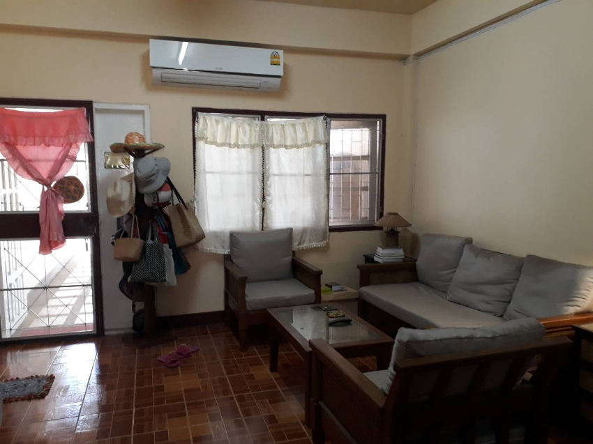Beautiful fully furnished townhouse with garden near to Nong-Hoi 89 pl