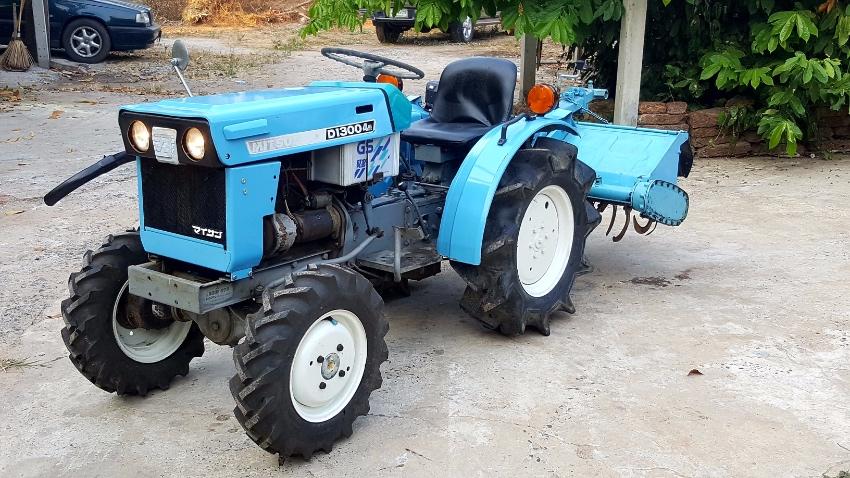 Mitsubishi D1300 4wd tractor with rotovator