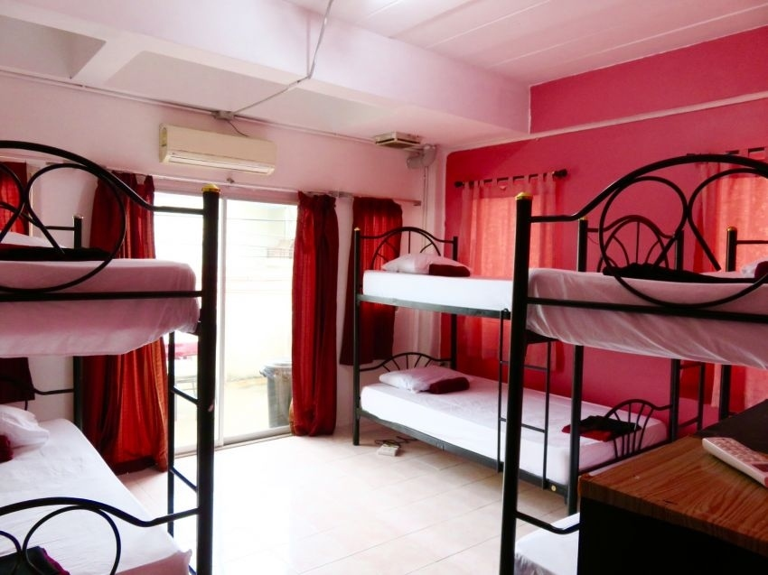 Samui Small Hostel in Central Chaweng For Sale
