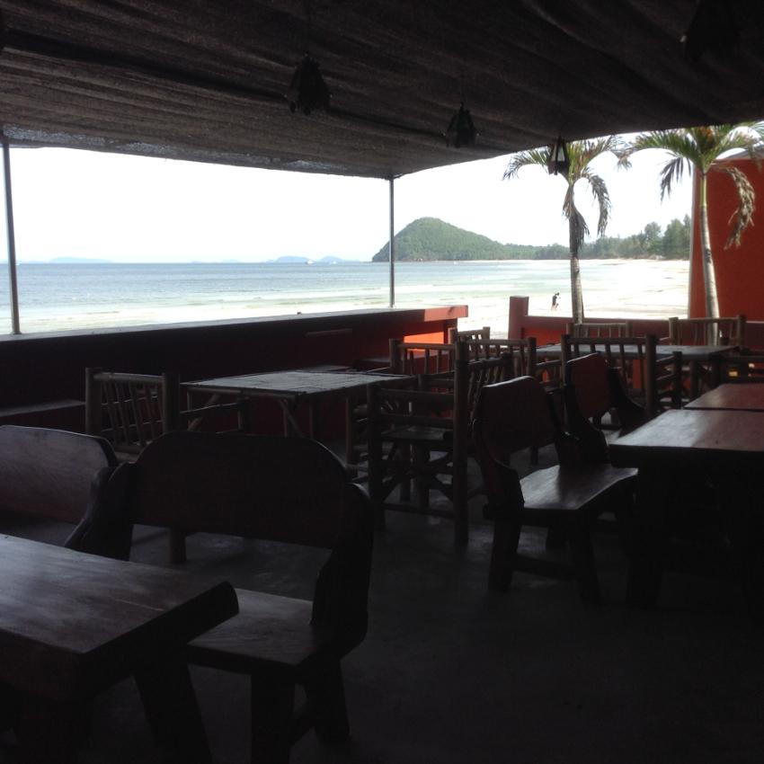 Amazing View!! (ASaisir!!) Bar&Restaurant on the Beach!!