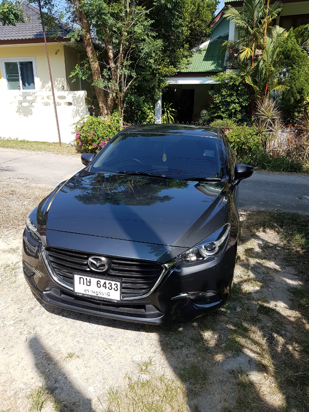 Mazda 3 Skyactive 2.0  Year 2017 Thanachart Bank Leasing