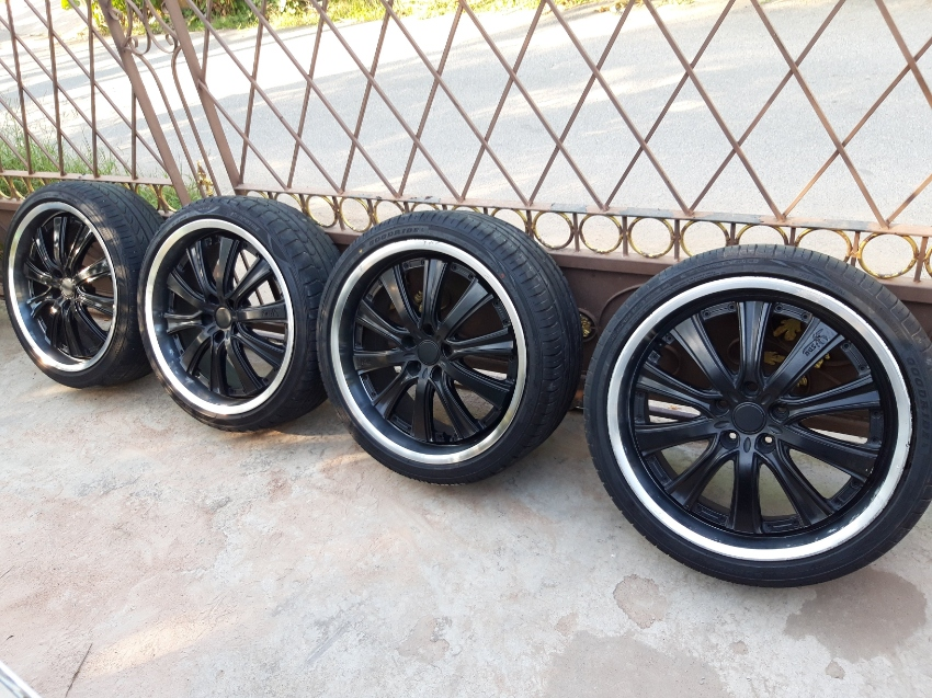 245/35-20 tyres and rims