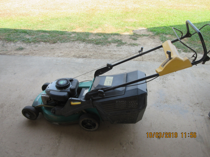 Second Hand Self Driving Lawn Mover Castelgarden For Sale!