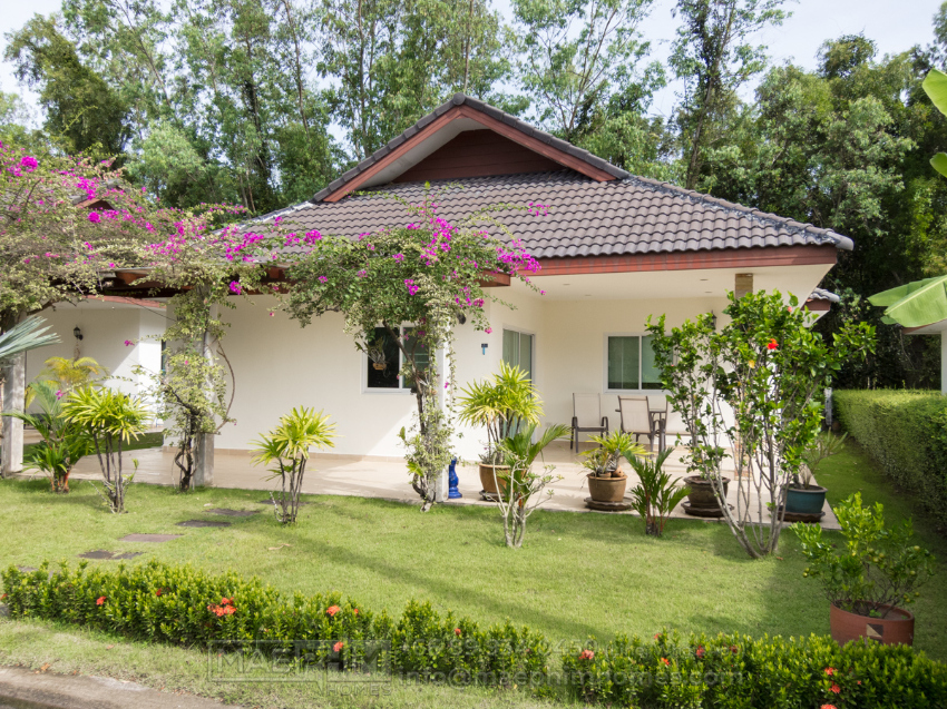 House for rent in Laem Mae Phim: 3 bedrooms 2 bathrooms