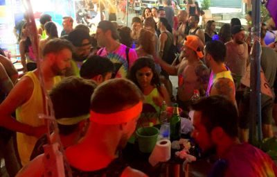 Large, Central Full Moon Party Hostel/Guesthouse & Bar in Haad Rin