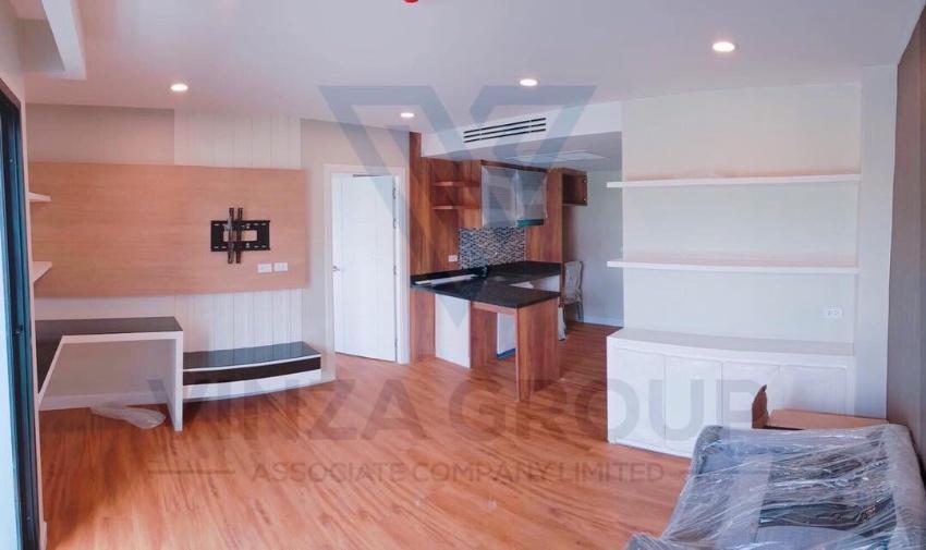 Dusit Grand Park Big Room for Rent