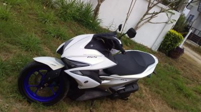 TOP MODEL Yamaha AEROX , 2017 reg. Only 3,300 MILES, [ 5,25 kms]