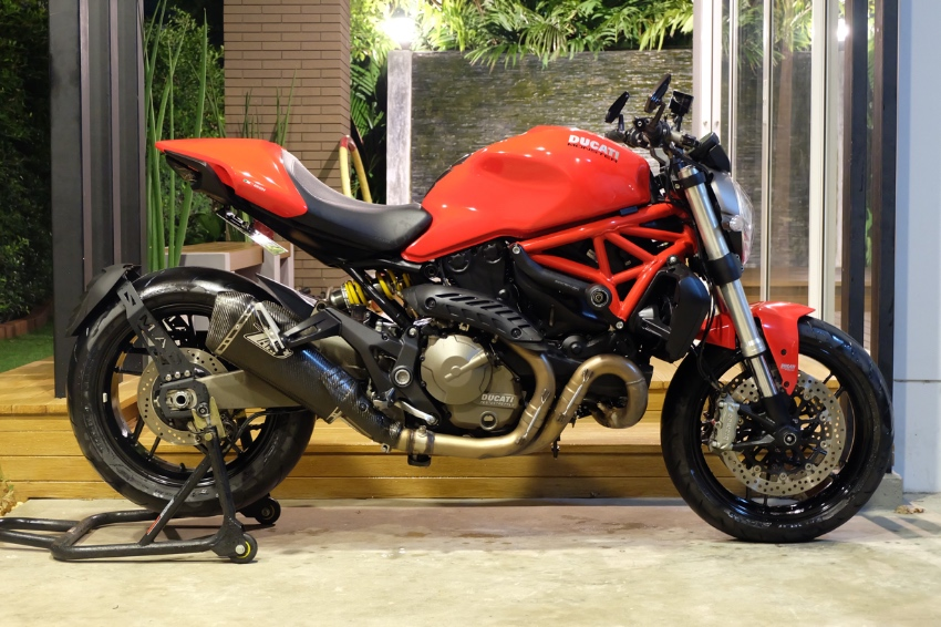 [ For Sale ] Ducati Monster 821 2016 with Zard exhaust & upgrades!