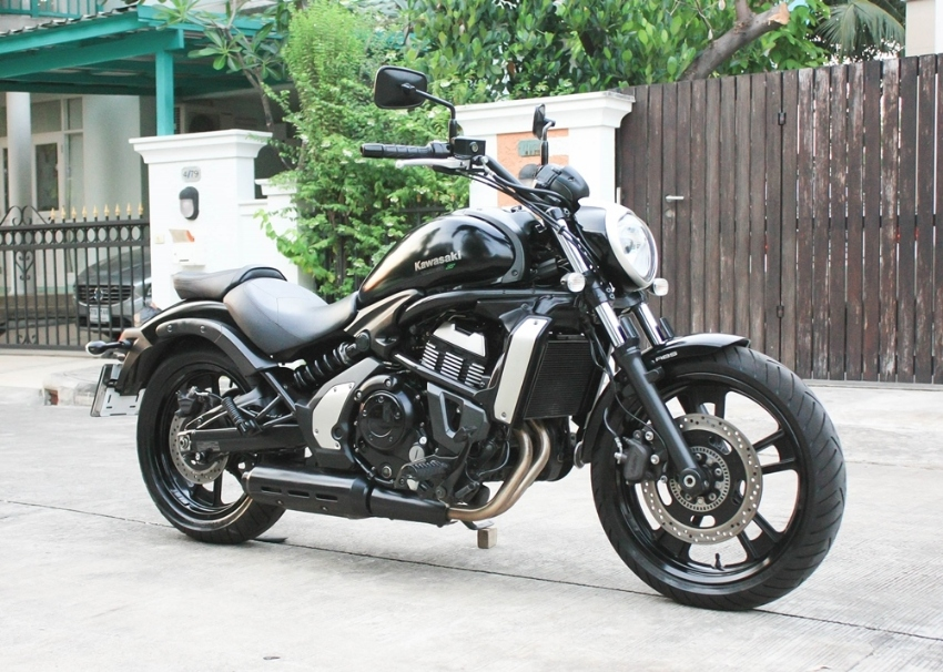 Vulcan 650 2015 no accident best condition only 8000km