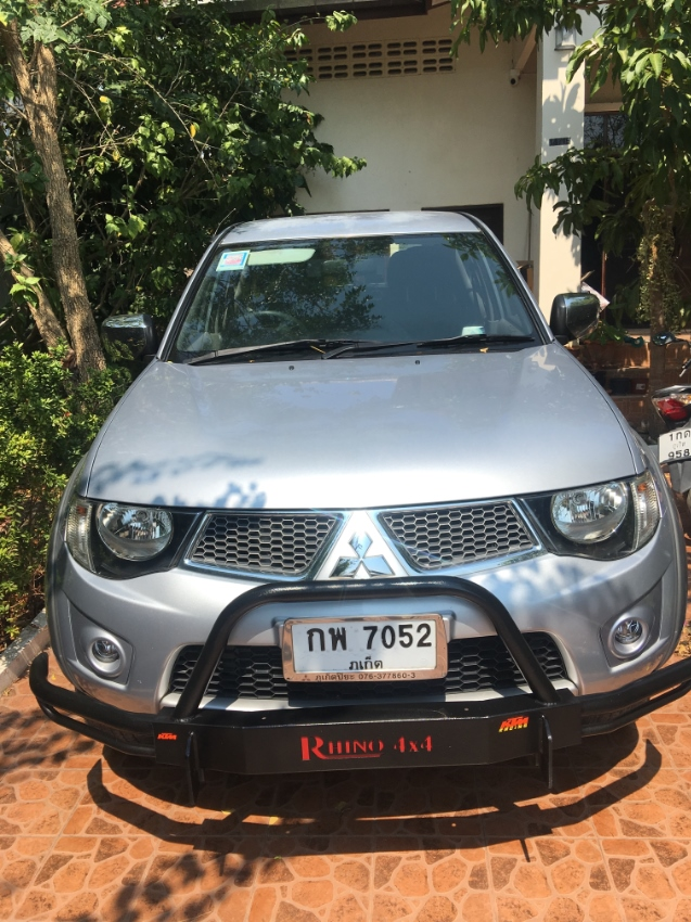 imaculate codition one owner mitsubishi triton double cab