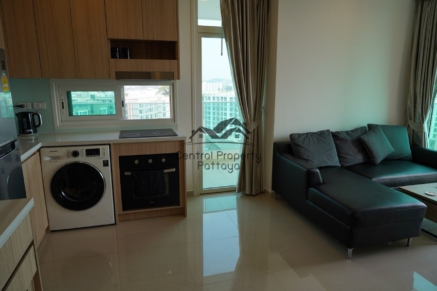 Luxury One bedroom Condo for Sale in City Center Pattaya
