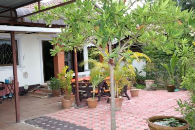Detached house in Chiang Mai, 3 Bedrooms 2 Bathrooms + furniture.