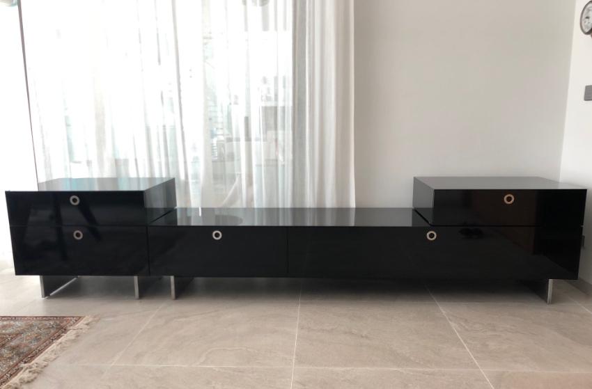 Stereo/TV rack, black