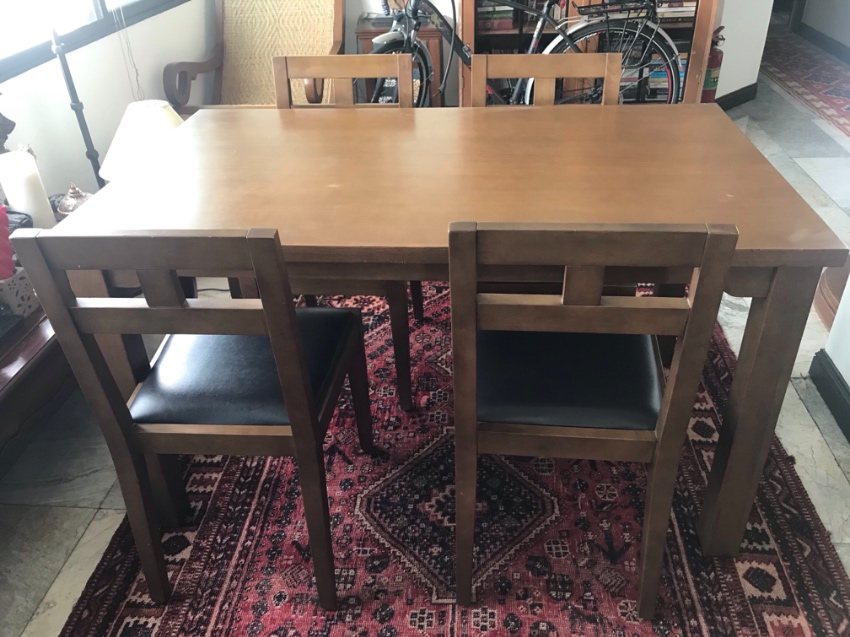 Rubber wood dining table and chairs
