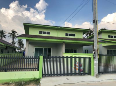 Takian Tia - new house - 220 sqm plot - 1.8 mb, now free airco's