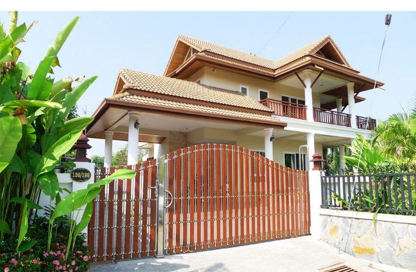 2 Storey villa with large garden in Hua Hin Soi 102