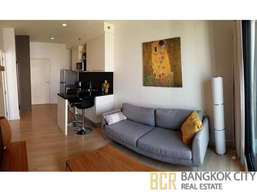 The Seed Mingle Luxury Condo Renovated 1 Bedroom Corner Unit for Rent