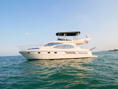 Azimut 46 Fly bridge motor yacht *Low Season Special*