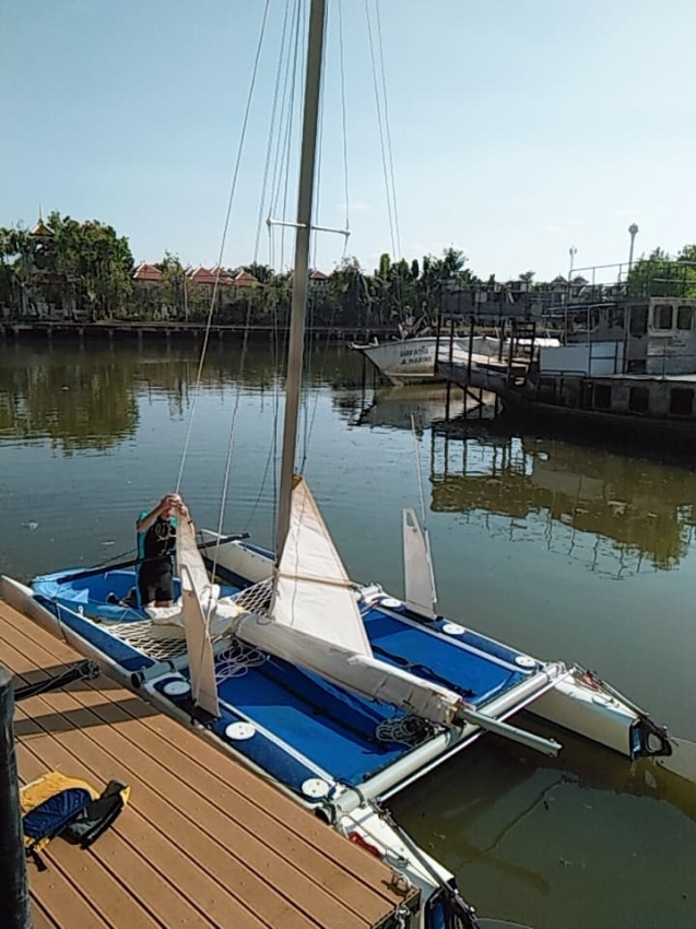 NACRA  5.2  completely rebuilt with trailer