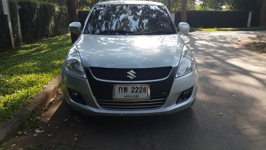 2013 Suzuki Swift for sale