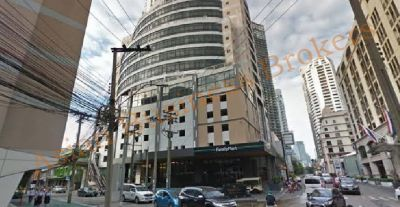 0123040 Shop for Rent with Key Money near the Davis Hotel Bangkok