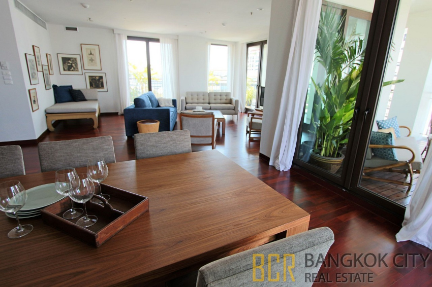 Huge Balcony 4 Bedroom Unit at Pet Friendly Condo in Sathorn for Rent