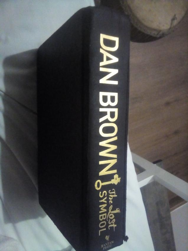 Dan Brown LOST Symbol book