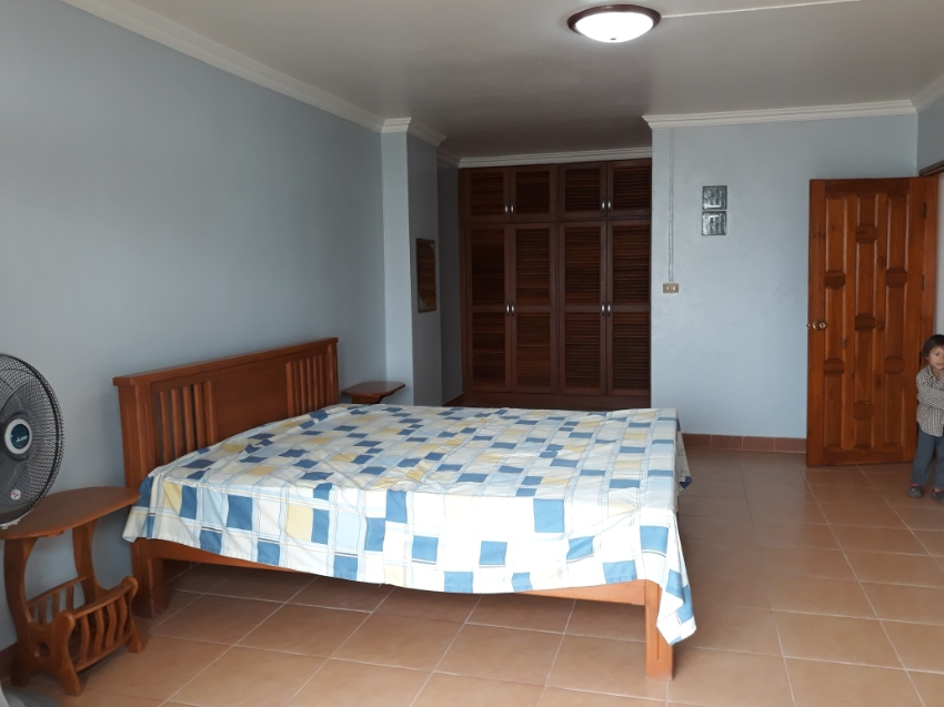 Connecting room for sale at Chiangrai Condotel.