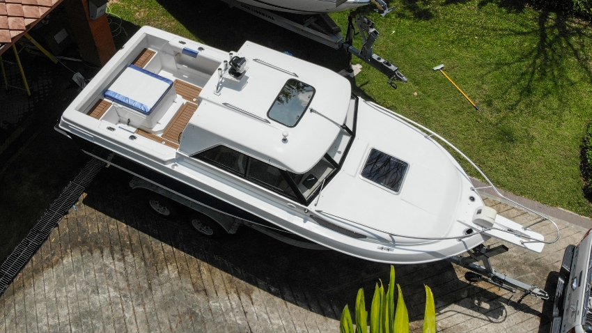 Boat Victoria 627 | With trailer | Thai registration