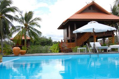 Teak Wood House on 10500 sqm land and 5 Houses and Swimming Pool