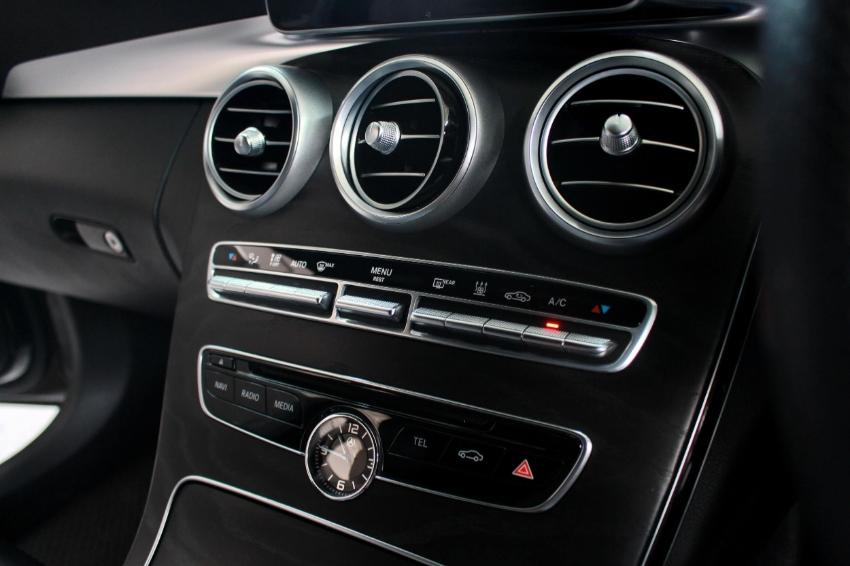 2016 Mercedes Benz C350 2.0e AMG Dynamic A/T
