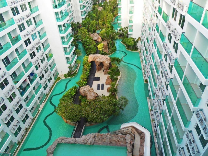 2 bed condo in foreign ownership in Jomtien reduced in price to 2.95M!
