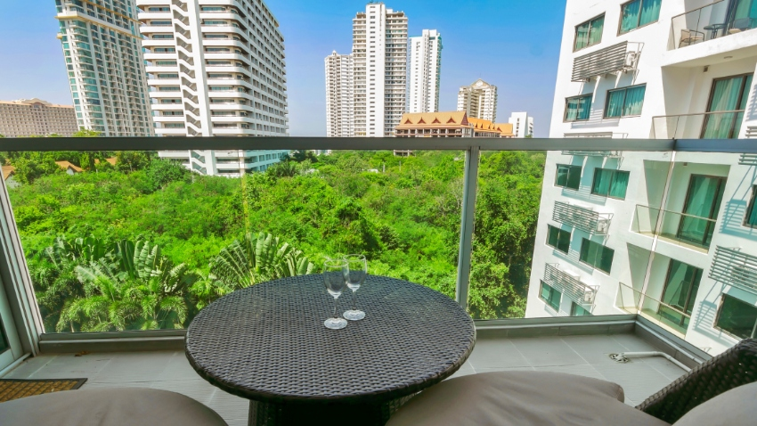 Condo Wongamat For Sale