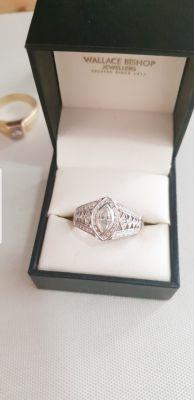 18ct white gold 0.55ct vs2 diamond ring beautiful