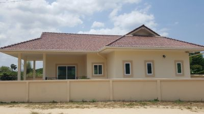 #3078 Huay Yai. Newly built stand alone villa in desirable quiet area.