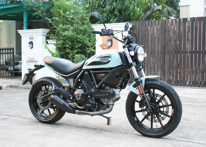 For Sale Ducati Scrambler Sixty2 2017 Like New Bike Excellent Cond