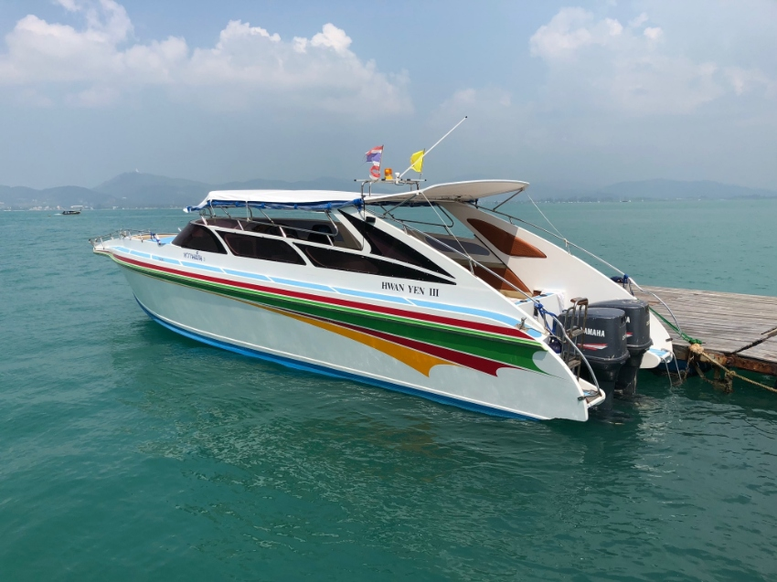 Speedboat 22 + 2 pax; 2 x 200cc - ideal for private tours