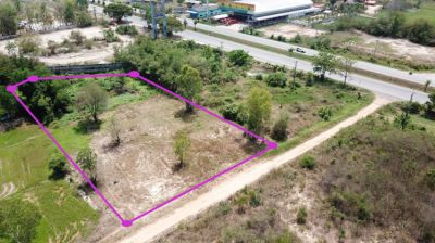 Land 3 rai for sale in Pranburi 35 m from Phetkasem road