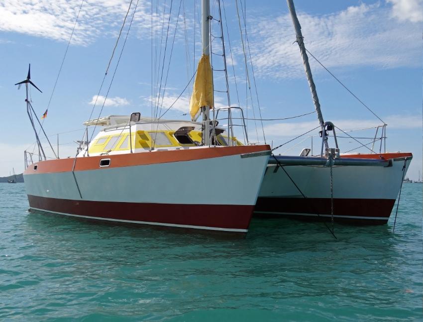 Hitchhiker 40 Catamaran for sale