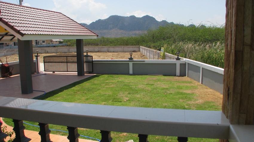 REDUCED PRICE ,New build Cha-Am Villa